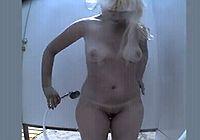 Подглядывание видео голых женщин в душе и кабинках на пляже фото 168-749